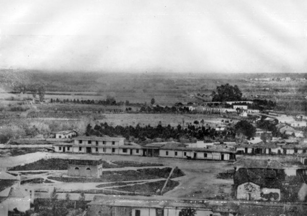 Plaza from atop Fort Moore Hill around 1862. Courtesy of Los Angeles Public Library.
