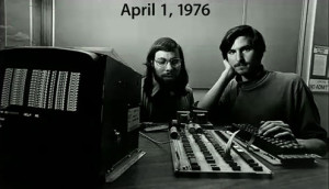 Steve Wozniak and Steve Jobs (1976).