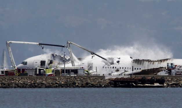 Boeing 777 crashed and burned at SF International Airport (2013).
