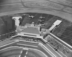 San Francisco Airport (1954).