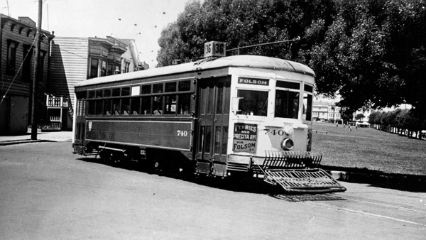 A 36 Folsom streetcar at Precita and Alabama, sometime in the 1940s. Courtesy of Philip Hoffman.